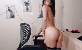 裸聊A片,韩国美女裸體成人秀視頻 嫩妹摸穴干起来一定很爽