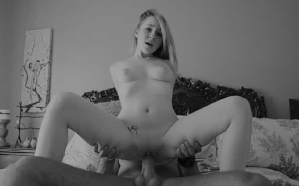 Big ass woman got thoroughly oiled up and got her daily dose of anal sex